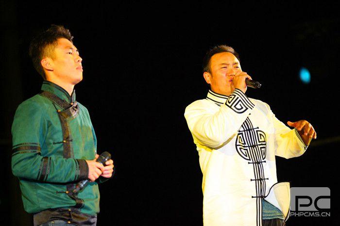 歌唱.JPG