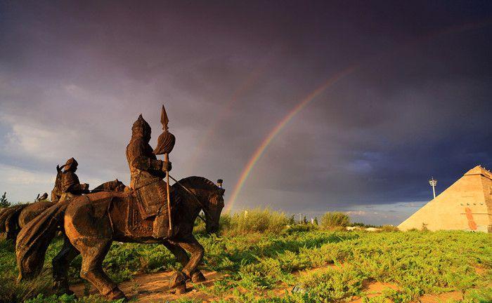 成吉思汗陵旅游景区:2.jpg